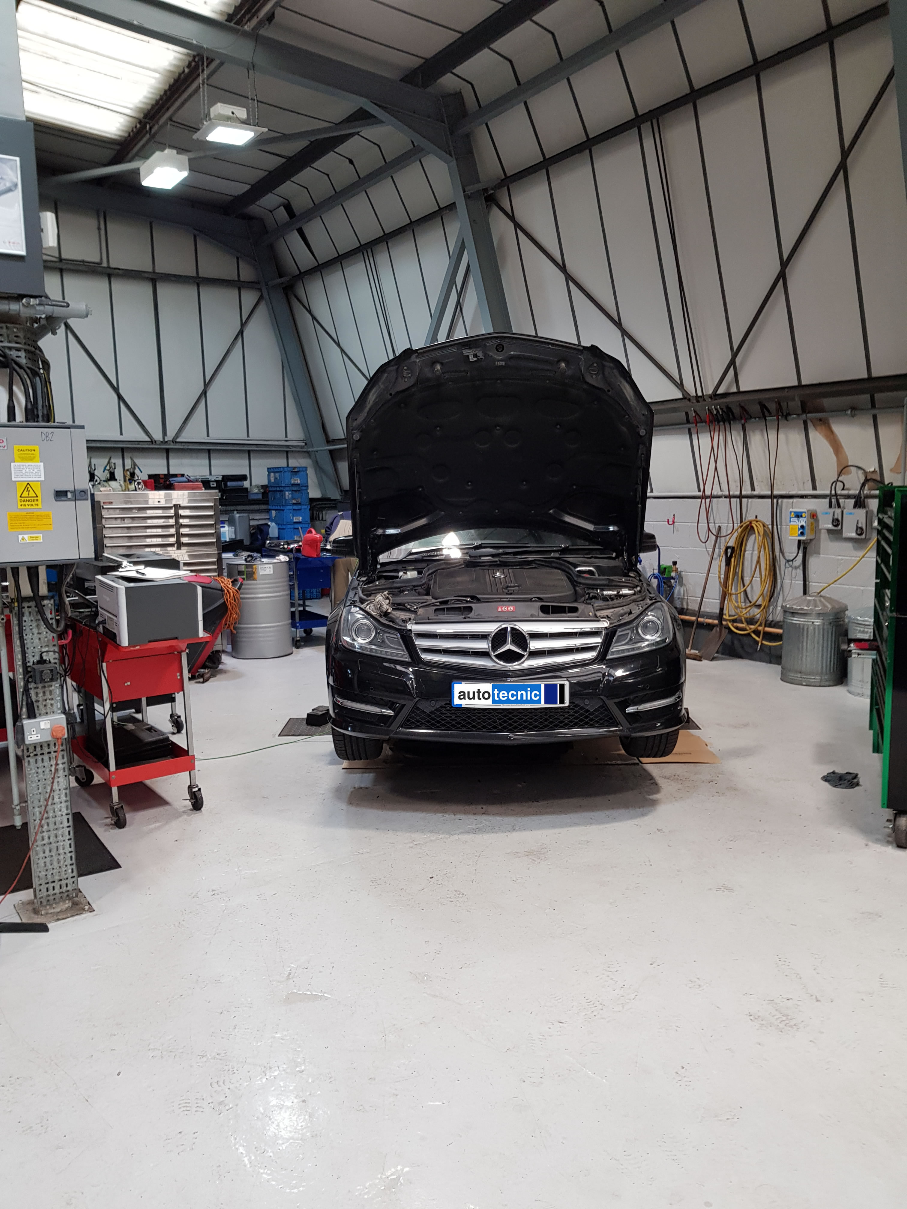 Mercedes Benz - Autotecnic