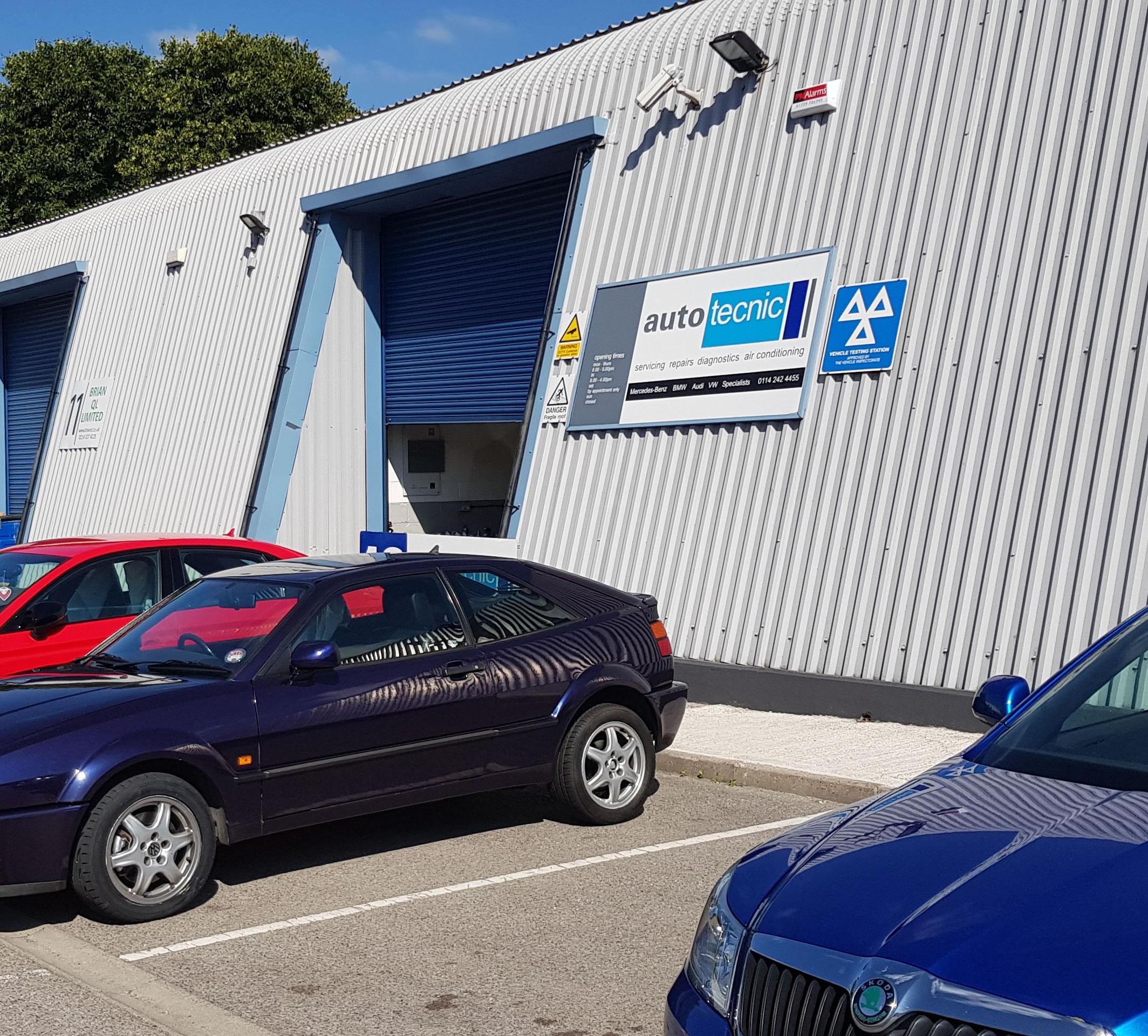 autotecnic-garage-outside