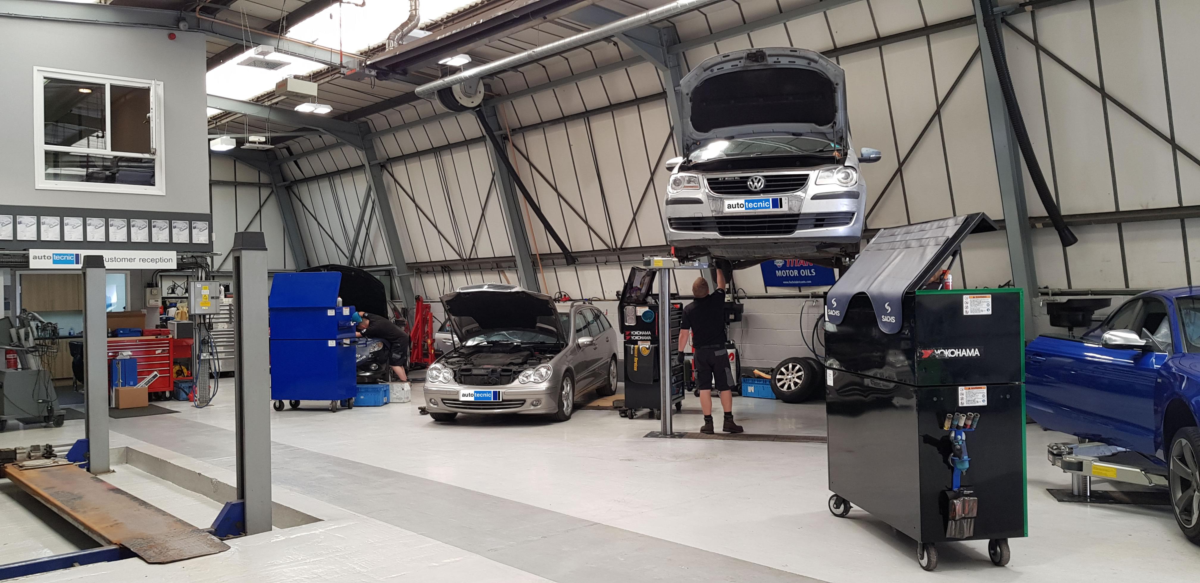 autotecnic - workshop - mercedes benz e class - vw touran